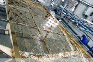 Vách CNC inox mạ vàng – Sản phẩm hoàn hảo cho nội thất phòng thờ