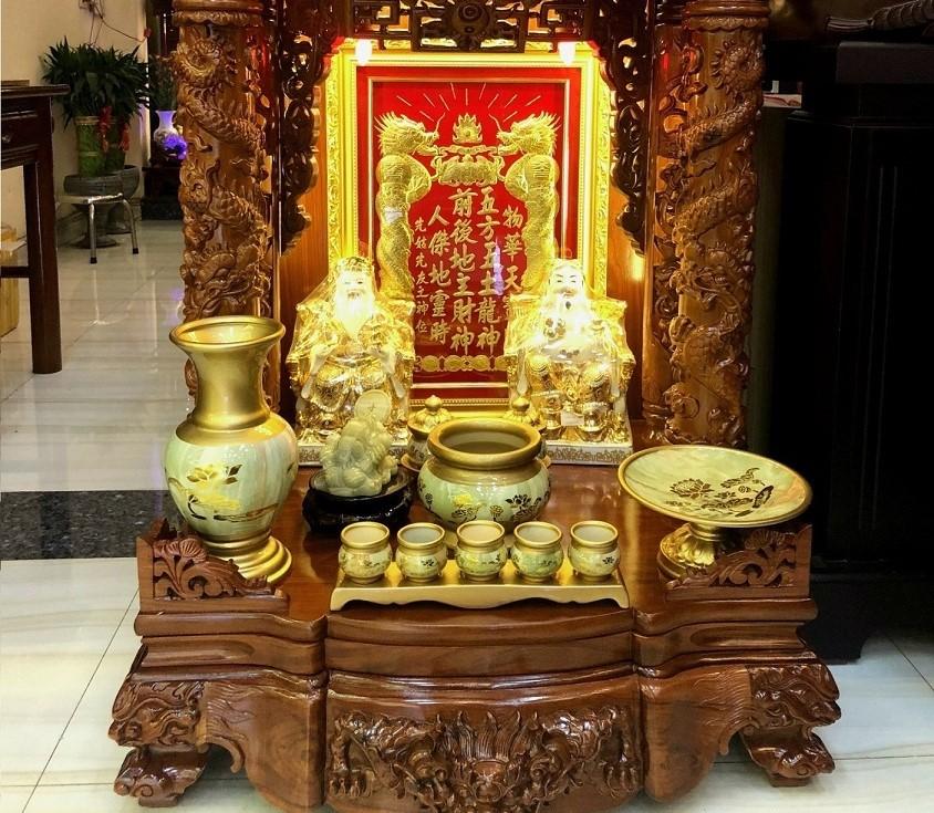 hình ảnh bàn thờ ông địa thần tài